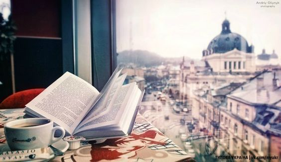 Від книжкового ярмарку до події №1 на літературній карті України – Еволюція Книжкового форуму